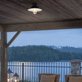 LED-Außendeckenleuchten sorgen für Außenlicht von oben